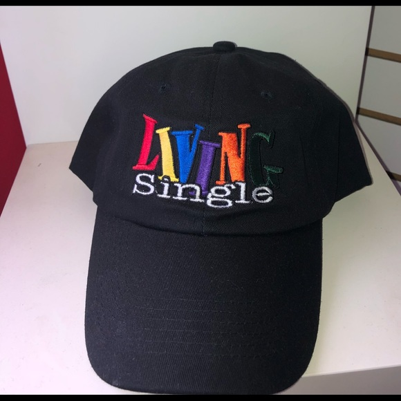 Accessories - Living single dad hat 6207fcf9234